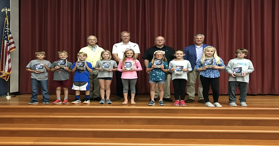 IS 3rd Graders Receive Dictionaries from the Rotary Club
