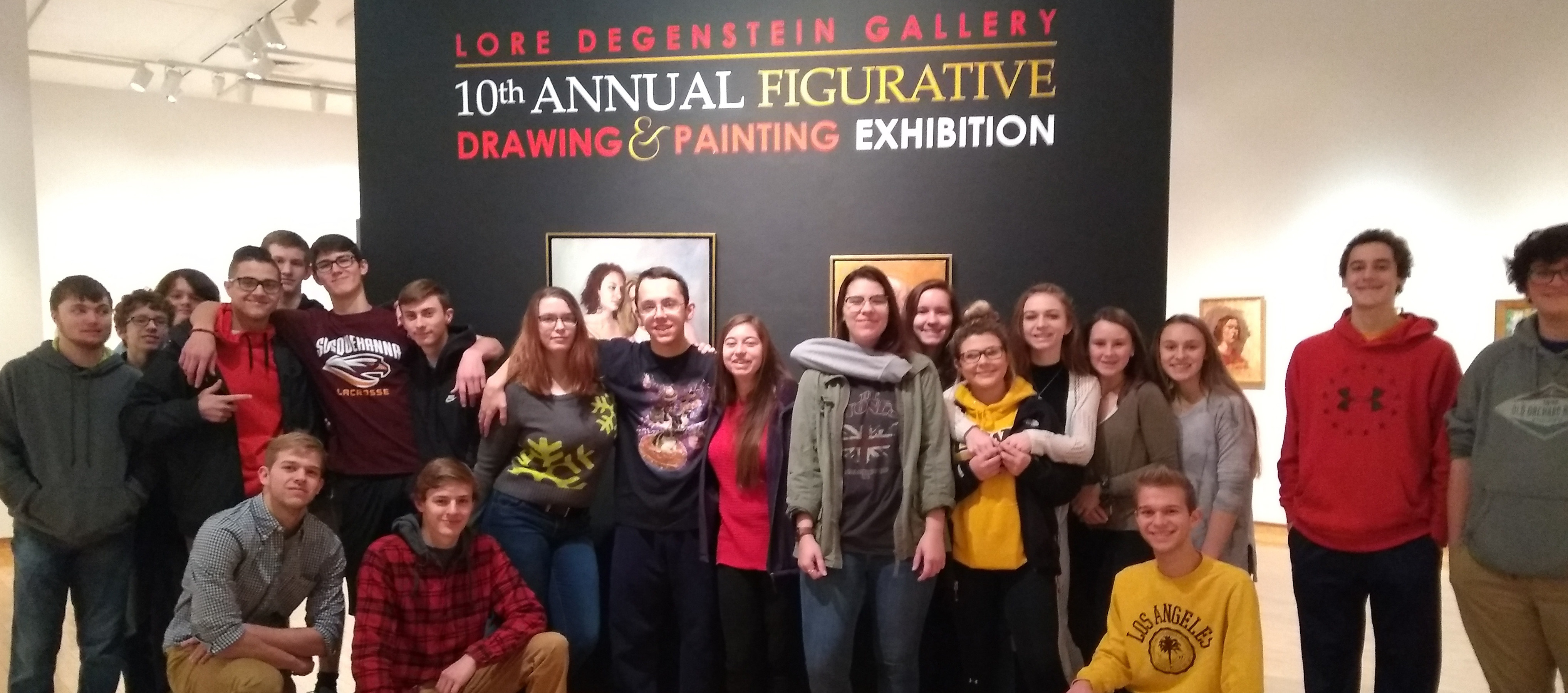 Cristi Nobre da Veiga's students on a field trip to the Susquehanna Art Gallery.