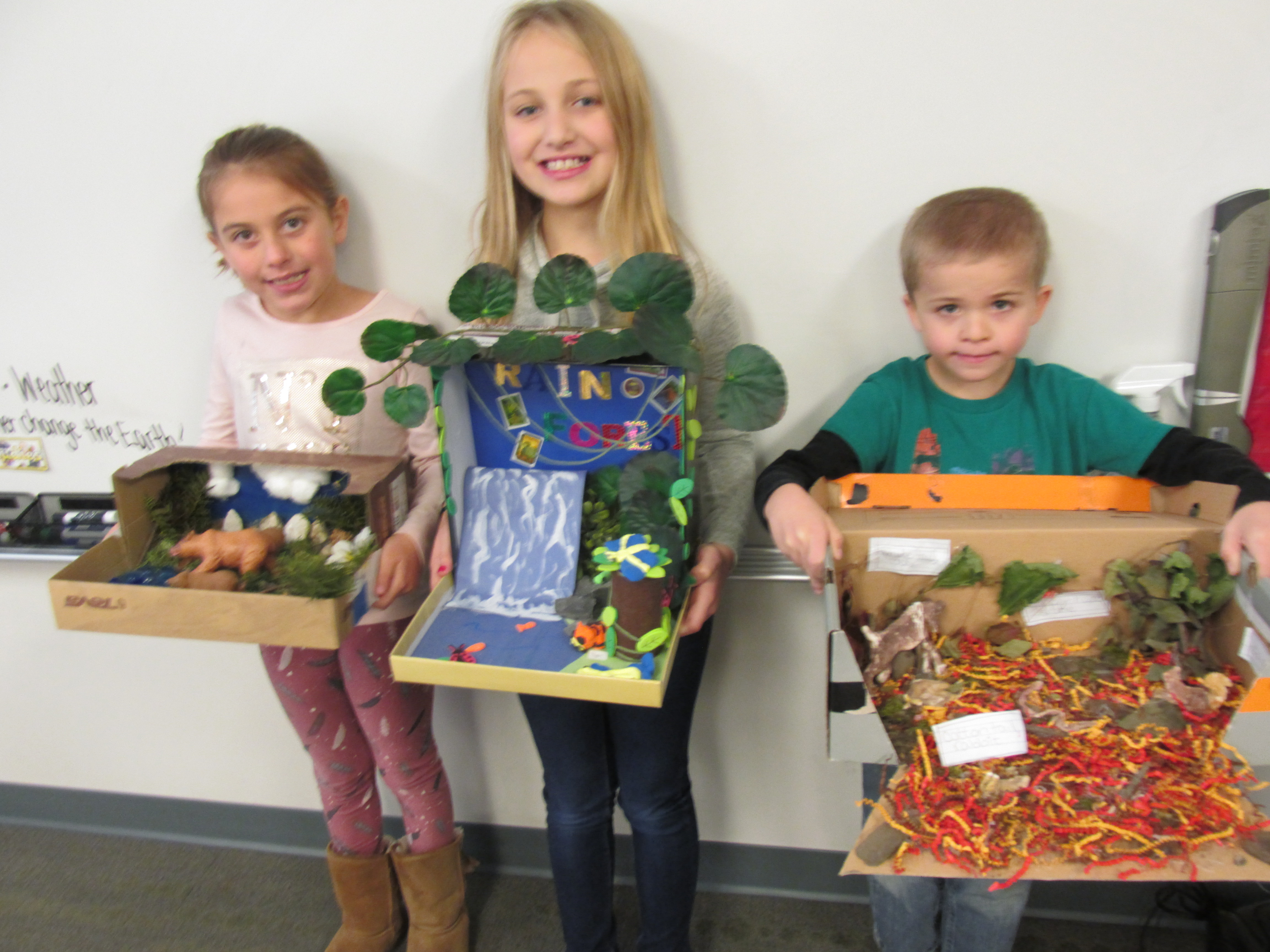 Student's from Mrs. Gabel's 2nd grade class  and their Science Habitat projects