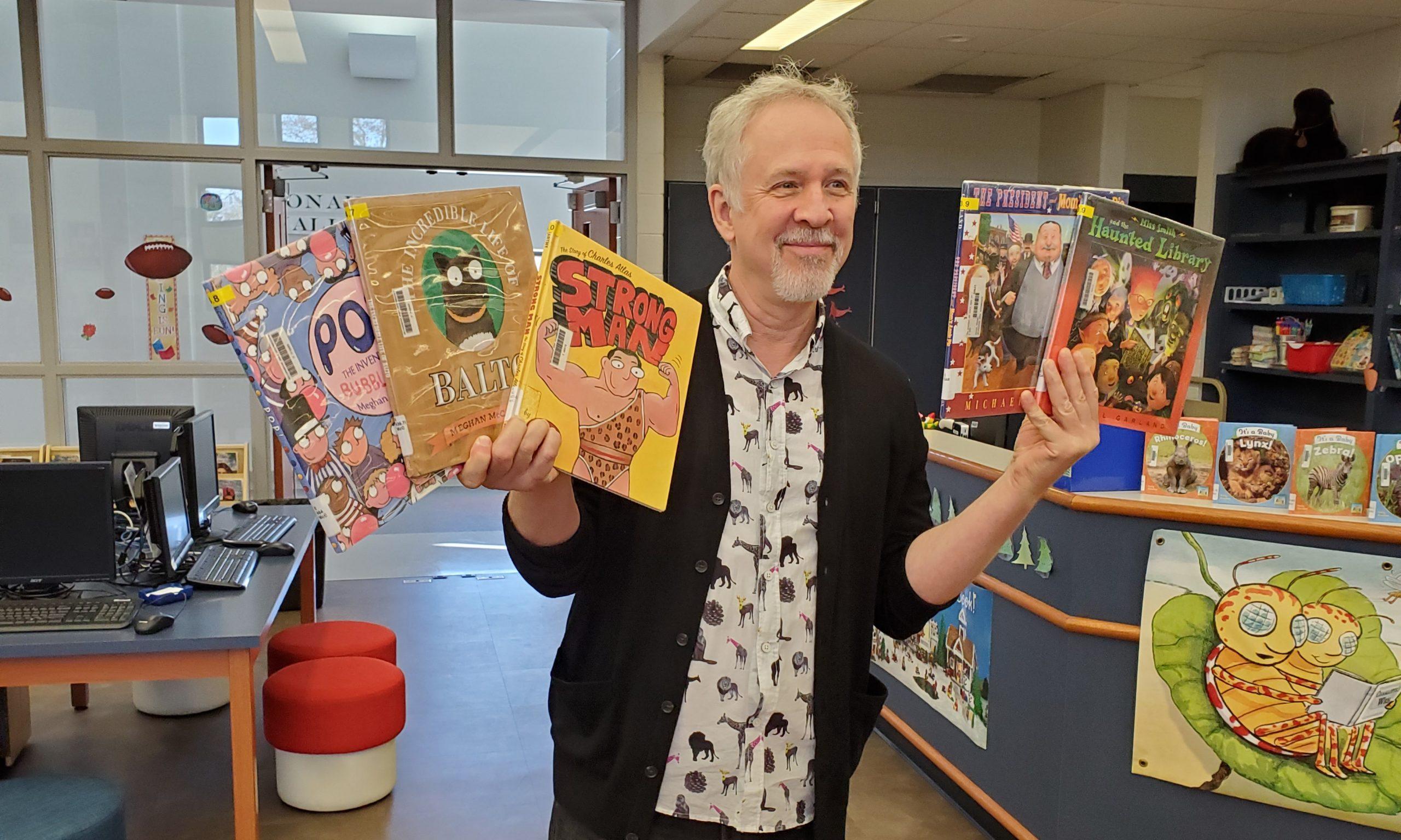 Author Daniel Kirk visit's SAIS