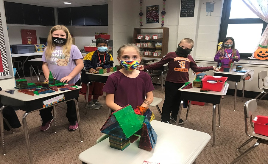 """Mrs. Varner's class doing a bridge project to go along with the story, """"Pop's Bridge""""."""