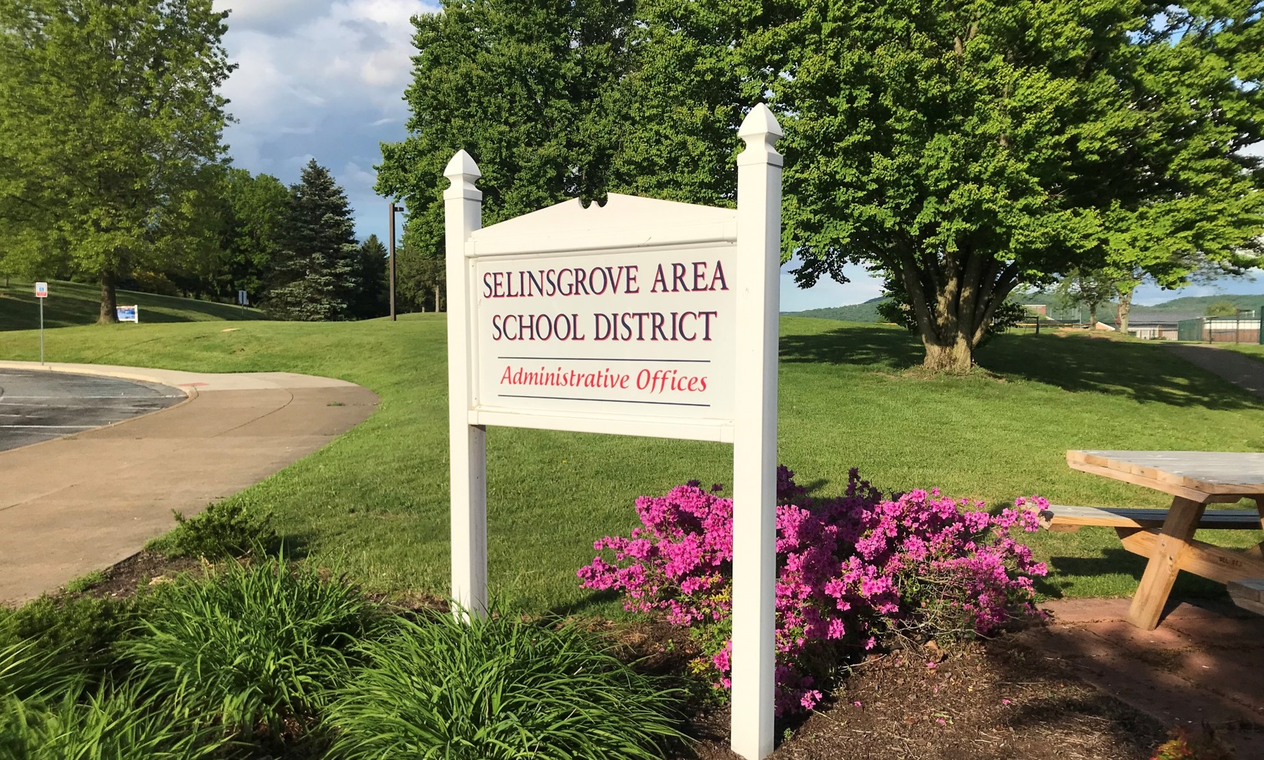 Selinsgrove Area School District Administrative Office